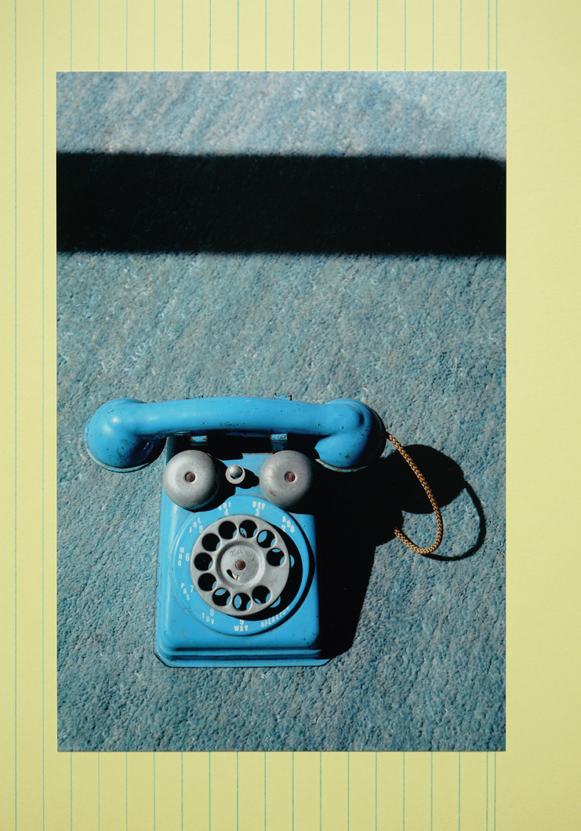 1 telephone, 2020 (from the series 'Confinement in Berlin')